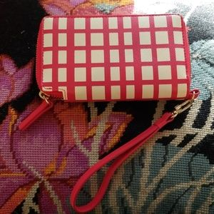 BRAND NEW WITH TAGS!!!   HALOGEN WALLET!!!